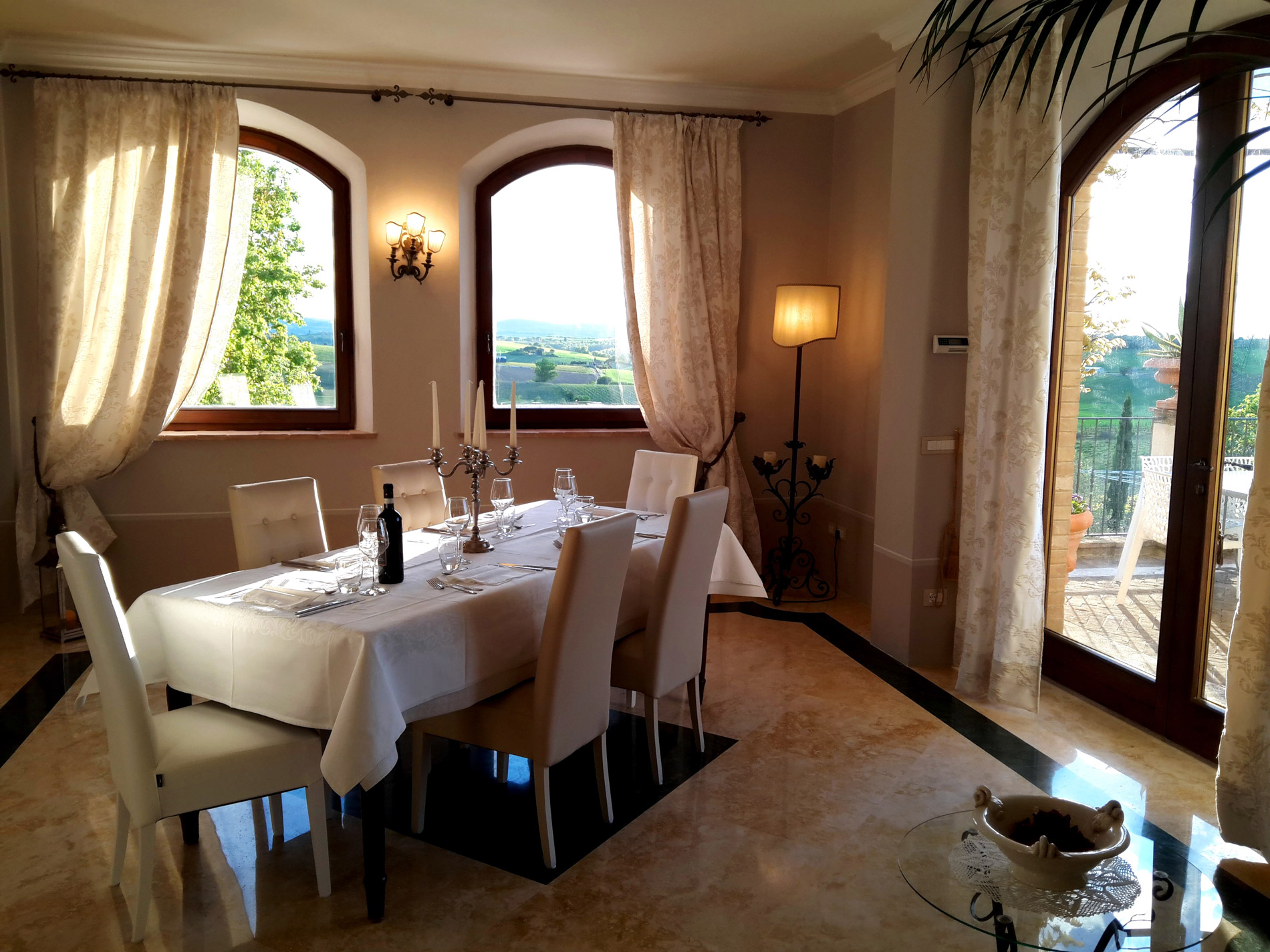 Tuscan Villa dining - Wine and Dine Night
