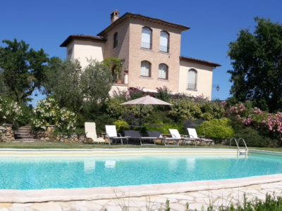 La Valiana Villa in Tuscany Book Now